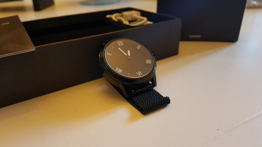 Lenovo-Watch-X-Plus